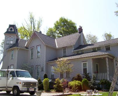 Another angle of this House in Garrettsville that was powerwashed and painted by NORTHCOAST PAinting and Pressure Washing